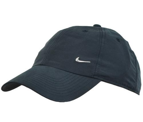 Czapka Nike z daszkiem Metal swoosh H86Logo Cup czarna 340225 010